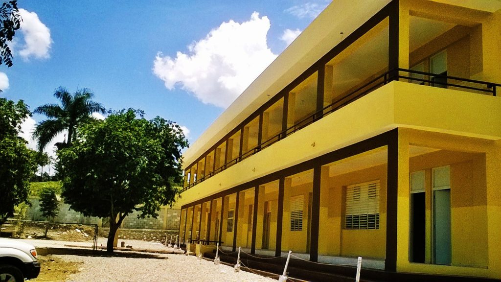 San Francisco de Assis high school, Fe y Alegria.